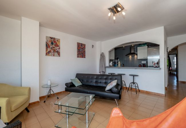 Apartment in Empuriabrava - ILA25